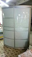Шкаф-купе радиусный, двери - крашеное стекло