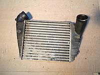 Радиатор интеркулера AUDI A6, C4, 4A0145805K