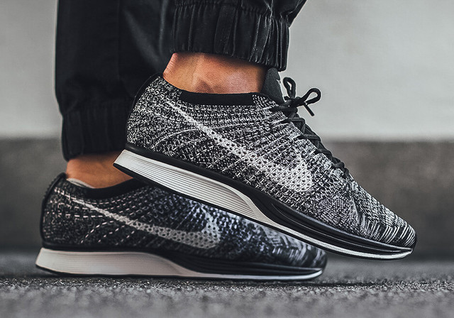 Кроссовки Nike Flyknit Racer Grey