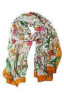 Женский шарф горчичного цвета с принтом в виде цветов