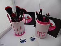Кисти для макияжа Kylie Jenner 11 штук (розовый)