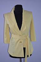 Пиджак желтый, ассиметричный под пояс