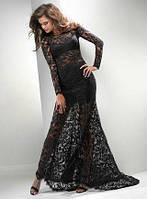 Однотонное длинное гипюровое платье в пол с длинными рукавами и расклешенным низом