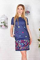 Джинсовое прямое платье с вышивкой