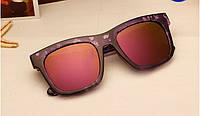 Модные и стильные женские солнцезащитные очки  цвет фиолетовый