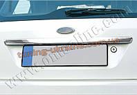 Накладка над номером на крышку багажника Omsa на Ford Fiesta 5 дверей 2002-2008