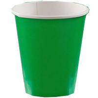 Праздничные, зеленые стаканы. Одноразовая, праздничная посуда.