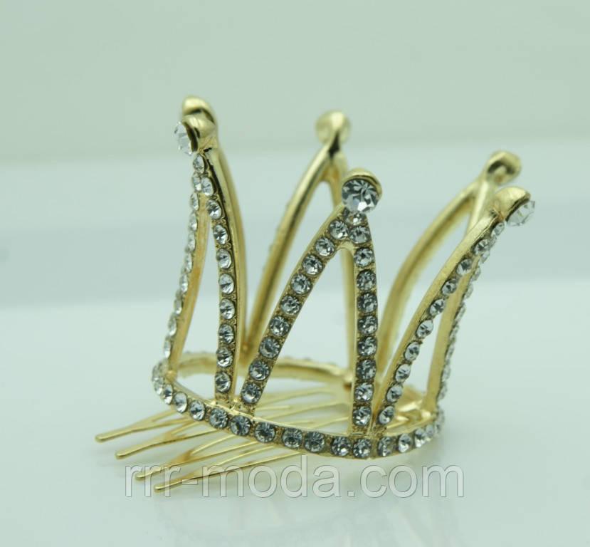 Мини корона, золотая короночка в стразах на гребешке 49