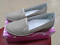 Летние женские туфли на невысоком каблуке из натуральной кожи с перфорацией  ALLSHOES 87363 бежевые