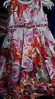 Нарядное детское платье в больших розах 4-10 лет