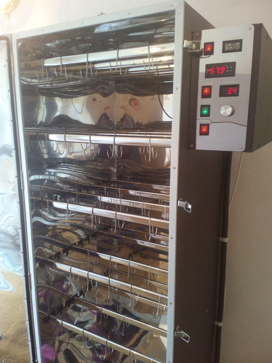 Коптильня  холодного и горячего копчения с функцией сушки и вяления продуктов питания COSMOGEN CSH-1800 INOX
