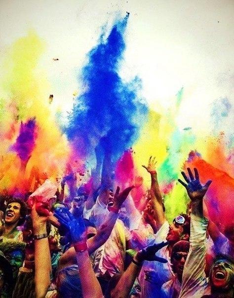 Найяскравіше свято Holi Fest в Дубровиці, Рівненська область!