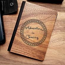 """Деревянная обложка для паспорта """"Приключения приближаются"""""""