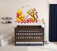 3D наклейка на стену в детскую комнату Винни пух