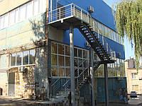 Лестницы на прямом косоуре больших размеров, фото 1