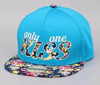 Голубая кепка хип-хоп Kiss с темным цветочным козырьком