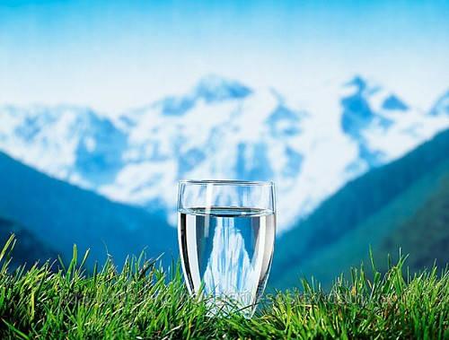 Вода. Сколько нужно пить воды? Как высчитать суточную норму потребления воды? Рекомендации, советы, мнения.