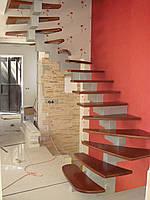 Лестницы на ступенчатом косоуре