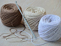 Пряжа для вязания крючком.