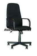 Кресло офисное для руководителя DIPLOMAT С-11