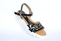 Женские босоножки-сандалии,черный лак