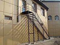 Каркасы лестниц простые