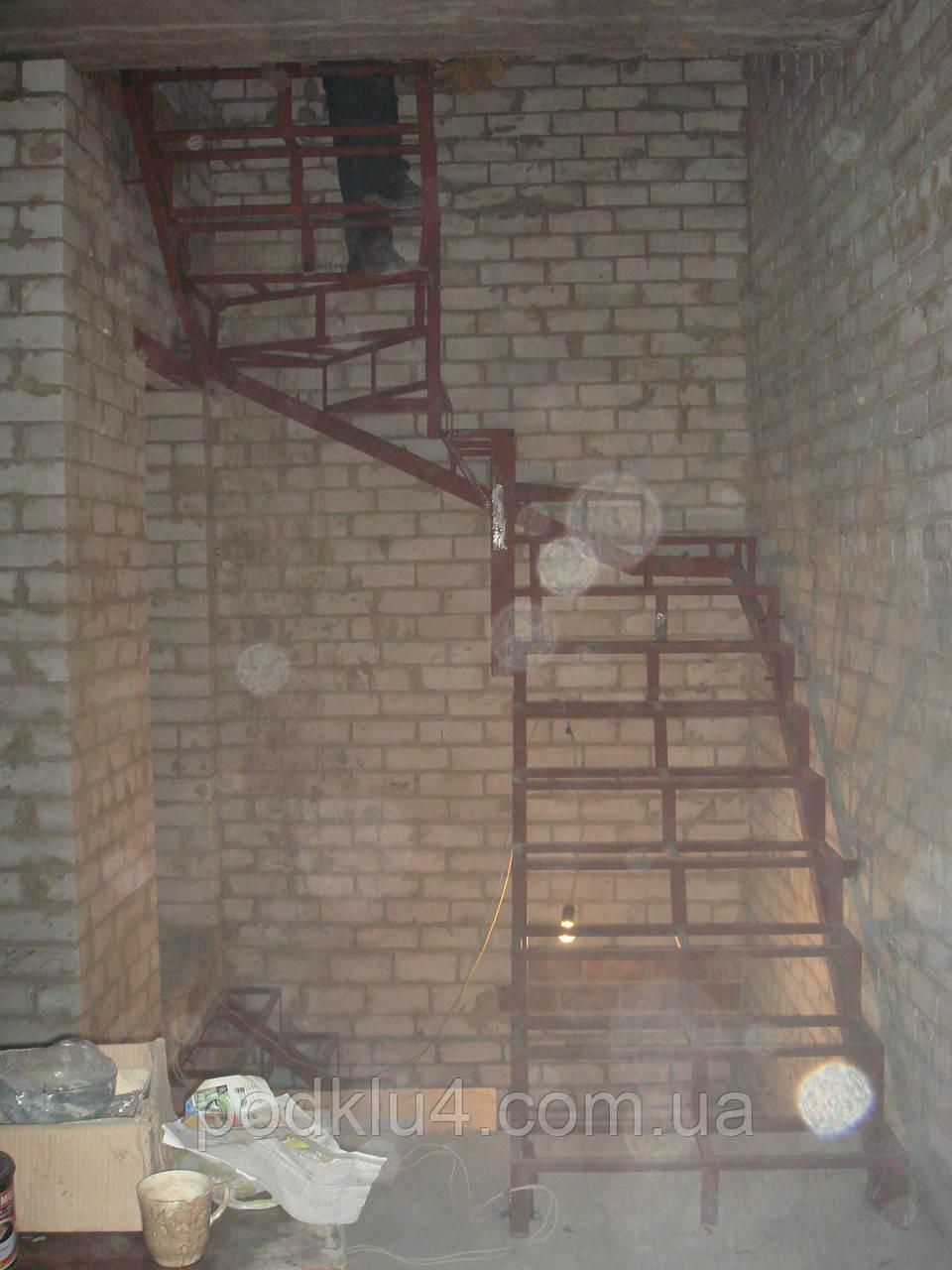 Лестницы простые, каркасы