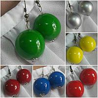 Серьги глянцевые, деревянные, зеленого цвета, d бусин 2 см, 20/12 (цена за 1шт. +8 грн)