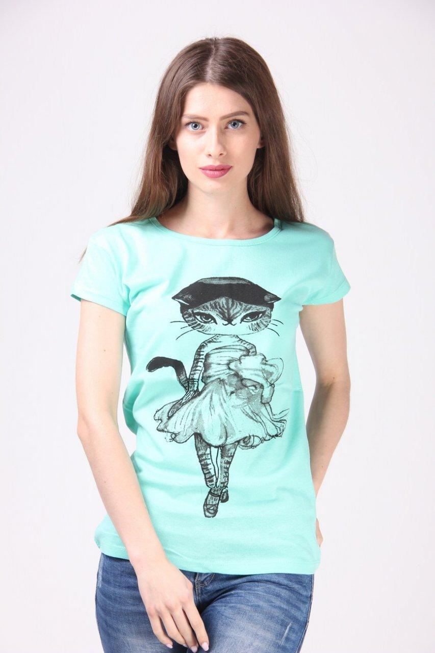 Модная женская футболка с гламурной кошечкой