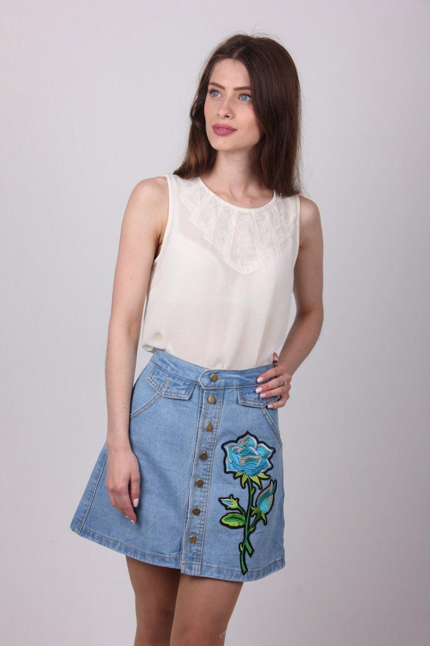 2a019050fef Классная женская юбка джинс с вышивкой роза