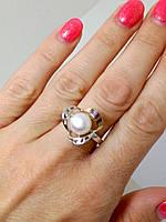 Серебряное кольцо с золотом и жемчугом 17,5 р.