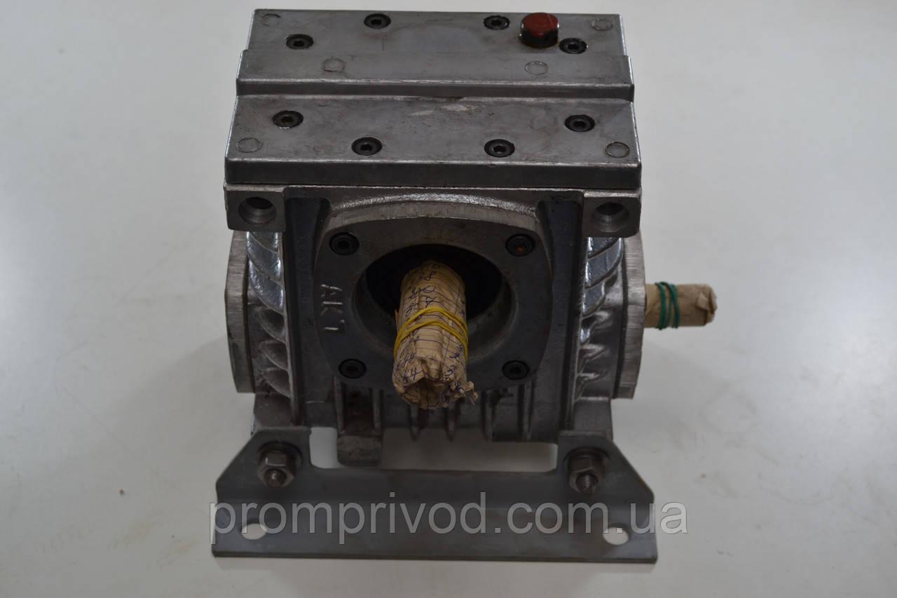 Червячный редуктор 2Ч-40-20