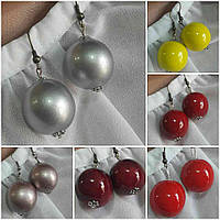 Серьги женские глянцевые цвета серебро, d бусин 2 см, 12/20 (цена за 1 шт. + 8 грн)