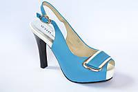 Женские босоножки, бело-голубые, на каблуке