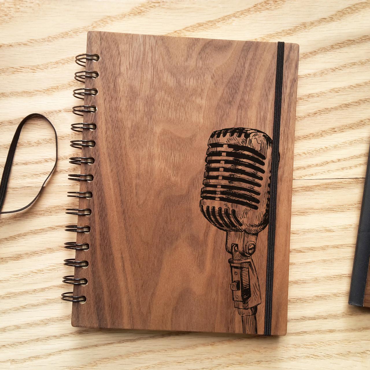 """Деревянный блокнот """"Микрофон"""" А6 (бумага 105х148 мм)"""