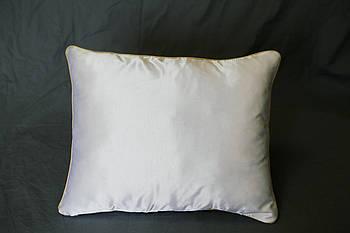 Подушка прямокутник кант кольору шампань