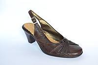 Женские босоножки, коричневые, на каблуке