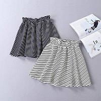 Стильная женская короткая юбка в полоску синего цвета