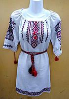 Женское льняное платье с ручной вышивкой