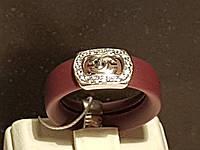 Серебряное кольцо Chanel с фианитами и каучуком