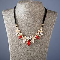 """Колье на лентах с красными кристаллами L-50 см - цвет металла """"золото"""""""