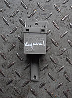 Блок электронный управ. стеклоподъемниками Renault Trafic 2000-2014