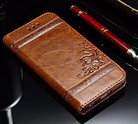 Кожаный чехол-книжка для iPhone 7 Plus коричневый