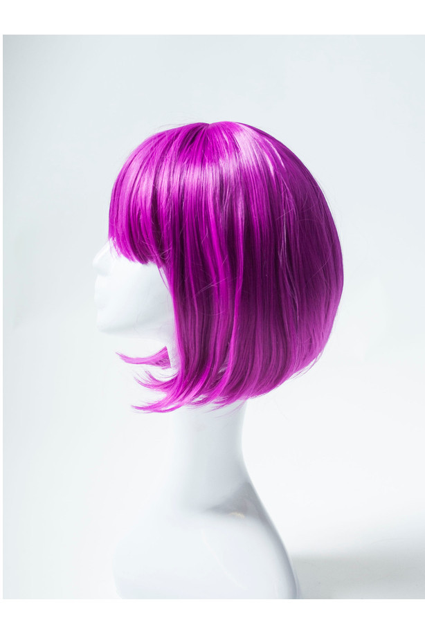 Фиолетовый карнавальный парик с прической боб-каре с челкой
