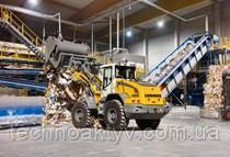 L 526 Опрокидывающая нагрузка7 200 - 8 500 кг Объем ковша1,80 - 2,30 м³ Рабочий вес11 250 - 11 850 кг Мощн. Брутто по ISO 3046103 кВт / 140 л.с. Мощн. нетто по ISO 9249101 кВт / 137 л.с.