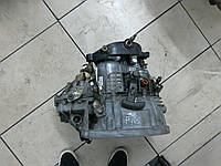 КПП 6 ступ гидр нажим центр стартер сзади,спидометр с КПП,3б 1.9DCI rn Renault Trafic 2000-2014