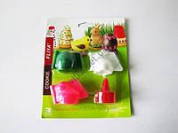 Набор кондитерский пластмассовый  из 4-х (яйцо,уточка,заяц,насадка)