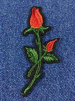Нашивка Роза ветка с бутоном цвет красный