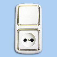 В-РЦ-533 Блок выключатель 1й+розетка внутренний золото Беларусь