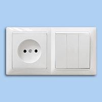 3В-РЦ-689 Блок выключатель 3-й + розетка внутренний Bylectrica белый - Electrichouse в Харькове